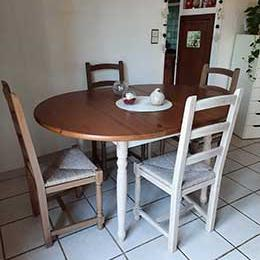 Une table en pin